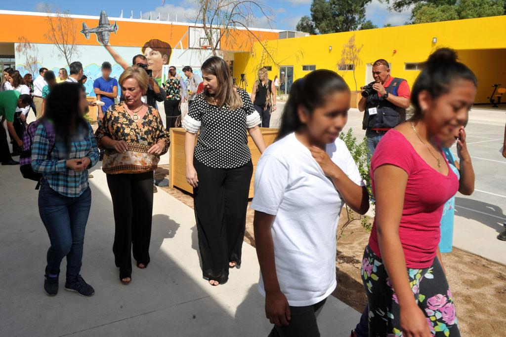 Llegan primeras niñas, niños y adolescentes al albergue Tin Otoch