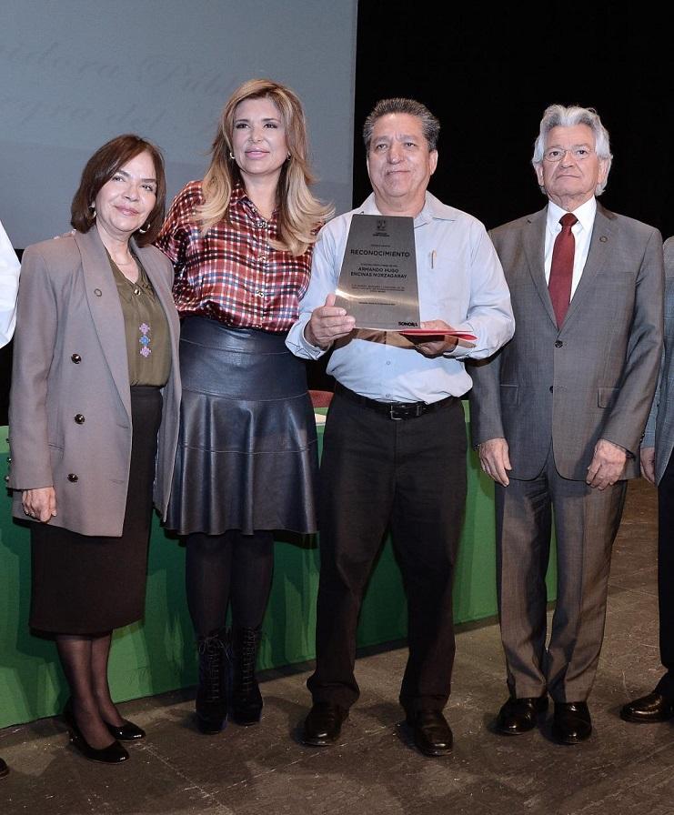 *Premio que por primera vez se otorga en Sonora