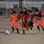 Disfrutan niños y jóvenes nuevos campos de fútbol